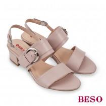 BESO國民小資女簡約優雅大圓扣中跟涼鞋
