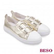 BESO跳躍圓舞曲閃色金箔牛皮直套休閒鞋